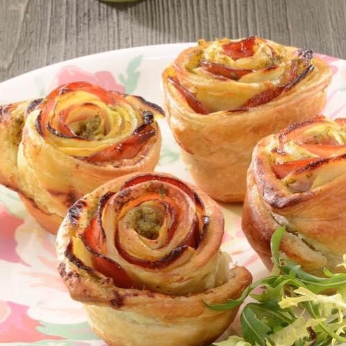Rose feuilletée aux pommes de terre, bacon et Moutarde à l'Ail des Ours